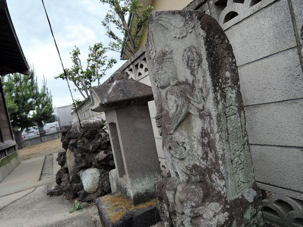 越谷市宮本町(旧・四町野村)の庚申塔